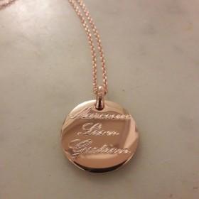 Collier/Sautoir médaille or rose