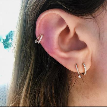 Faux piercing chaîne