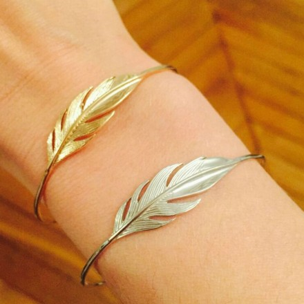 Bracelet cut 1 plume