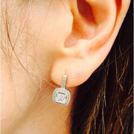 Boucles d'oreilles pendantes zircons carrés