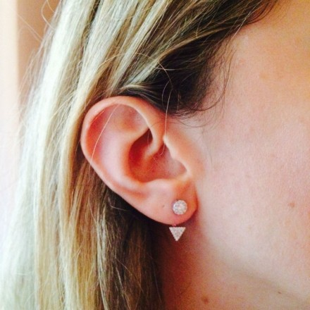 Boucles dessous d'oreilles triangle pavée